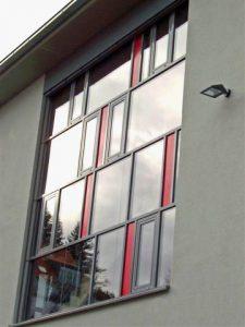 Fassade aus Profil-Serie Heroal